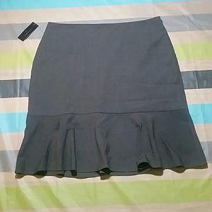 Worthington Gray Business Skirt
